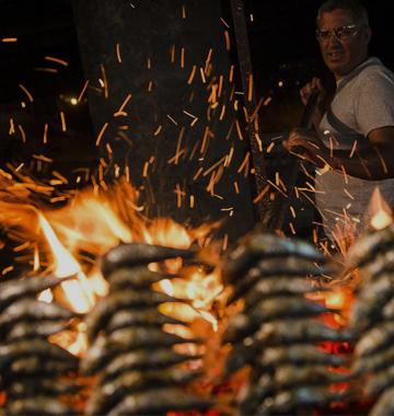 Fiesta popular en las playas de Málaga